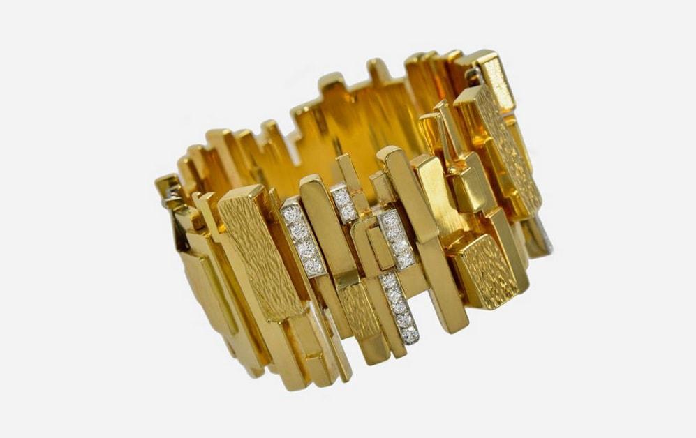 David Morris, bracciale in oro e platino cmartellato con diamanti